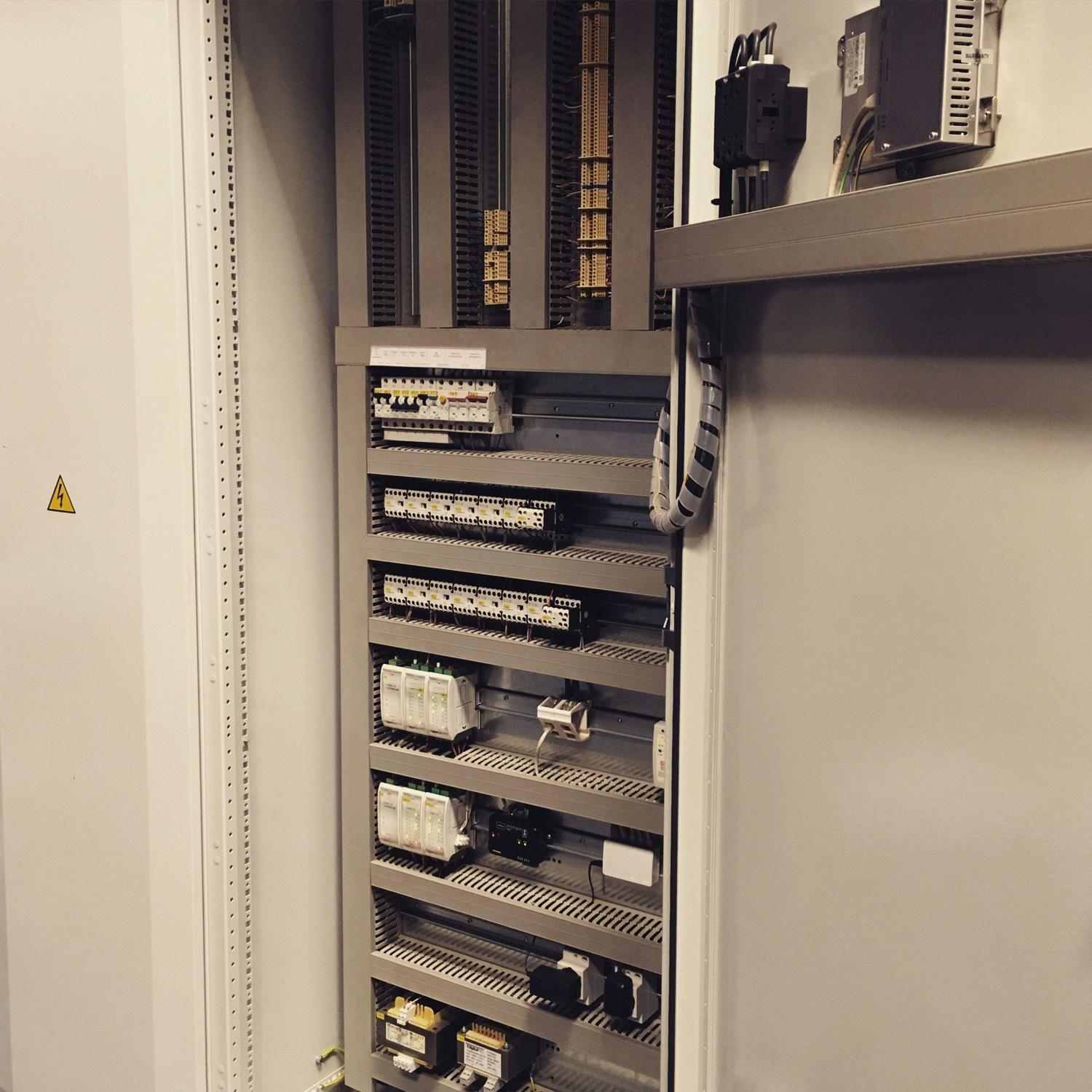 Building automation-Control cabinet