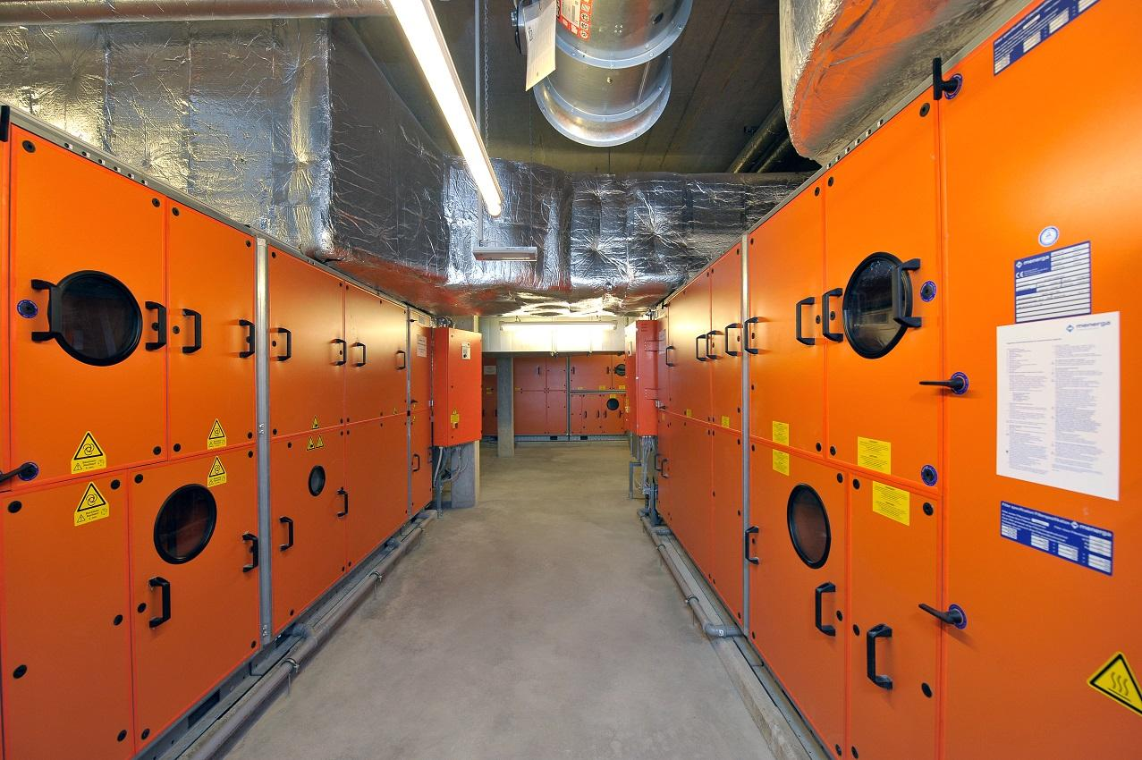 Menerga-engine room-air condition-ventilation-heating